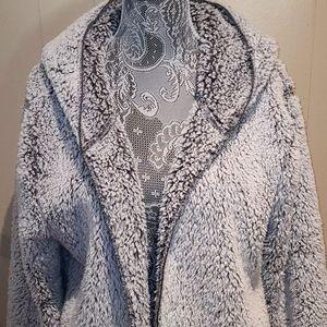 PINK Victoria's Secret M/L faux fur jacket.
